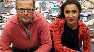 War on Plastic with Hugh and Anita сезон 1