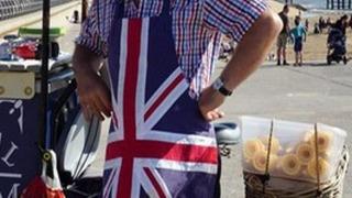 Bargain Loving Brits in Blackpool сезон 2
